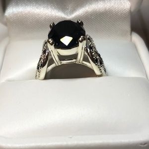 Ring - Black Oval Stone with Black Bagettes